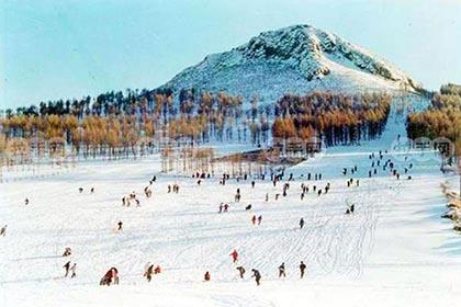 玉泉狩猎场滑雪场