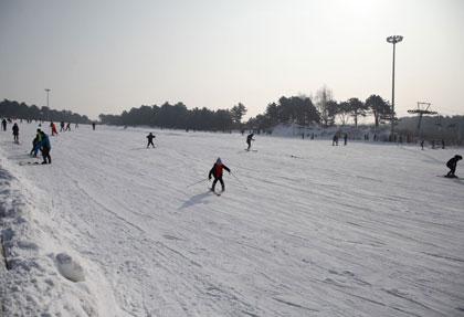 棋盘山滑雪场