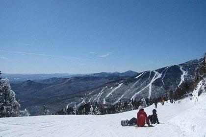多乐美地滑雪旅游度假区