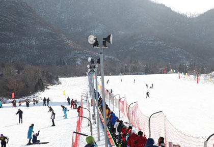 龙骧马术滑雪场