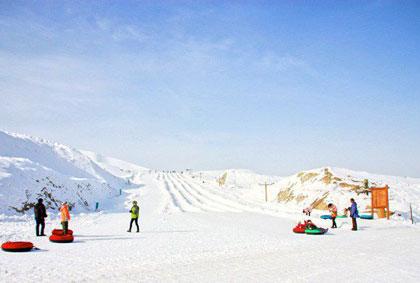 天山国际滑雪场