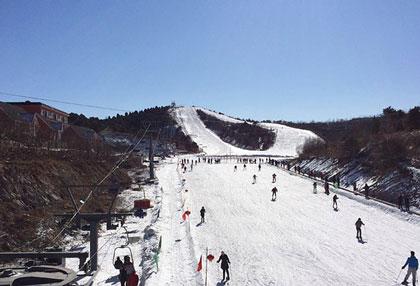 侏罗纪滑雪场