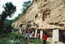 石拱寺石窟