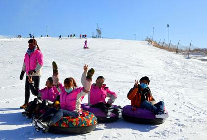 西夏风情园滑雪场