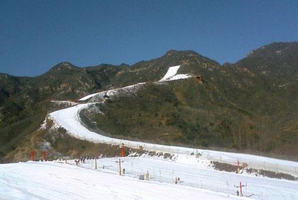 桃花峪生态滑雪场