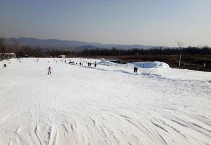 太行山国际滑雪场