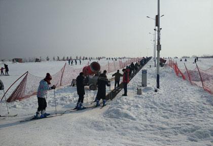 万安山滑雪场