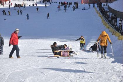 首佳滑雪场