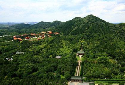 龙泉山风景区
