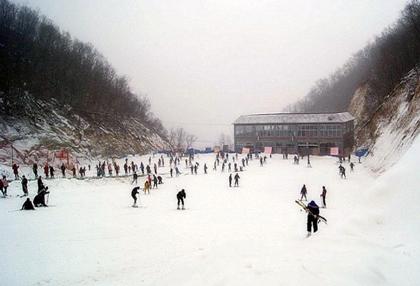 龙池滑雪场