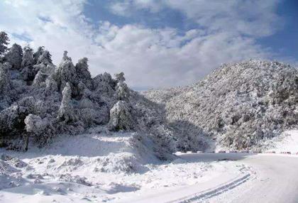 光雾山大坝滑雪场