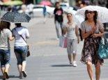 """海南""""高烧""""难退气温逼近40℃  气象台连续12天发布高温预警"""